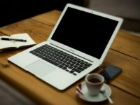 How renting a Laptop can affect a business culture?